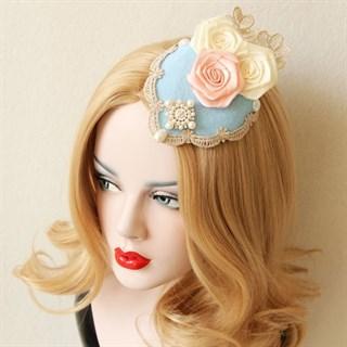Голубая шляпка таблетка с розами