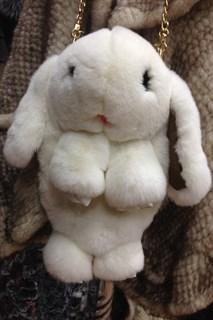 Сумка рюкзак зайка (кролик) из натурального меха. Белый