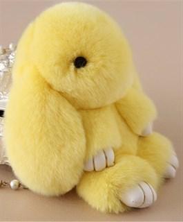 22см. Светло-желтый. Брелок зайка (кролик) из натурального меха