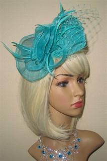 Бирюзовая плетеная шляпка на заколке Ванесса