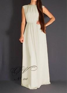 Молочное закрытое платье в пол из шифона. 218