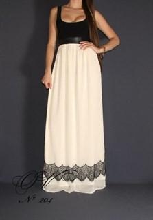 Платье в пол с белой юбкой и кружевом по подолу