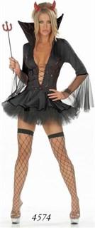 Пышное черное платье чертовки с рукавами и глубоким вырезом
