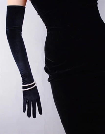 Длинные перчатки из велюра - фото 17545