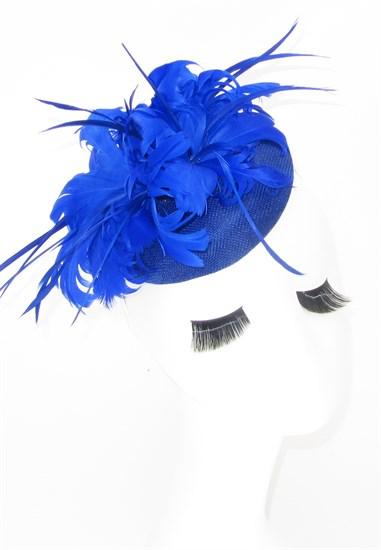 Шляпка с большим перьевым цветком Беатрис. Синяя - фото 19506