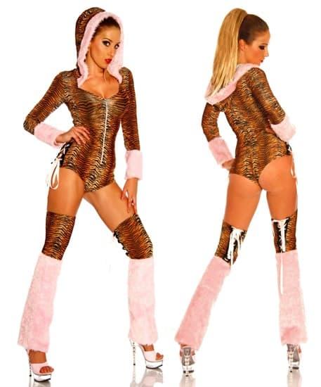 Маскарадный костюм кошечки: боди и гетры - фото 7779