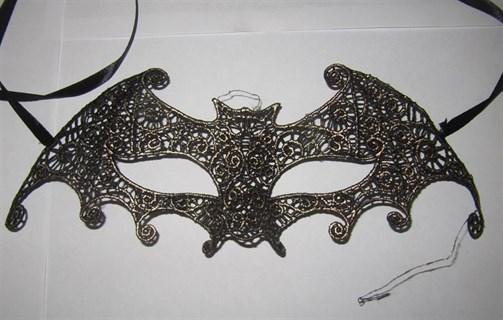 Ажурная маска с золотым напылением 2591
