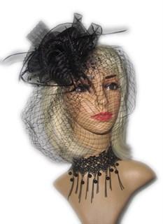 Шляпка цилиндр черная с перьями и вуалью