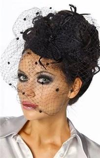 Черная шляпка на заколках с вуалью и тонкими перышками - фото 13568