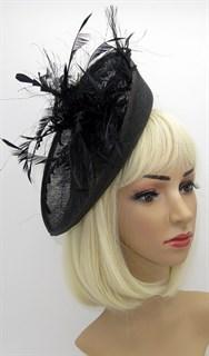 шляпка из синамей с перьями Оливия. Черный фото