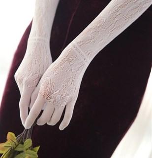 Длинные белые перчатки, тонкое вязаное кружево - фото 14846