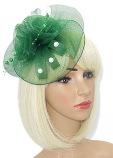 Зеленая шляпка из регилина