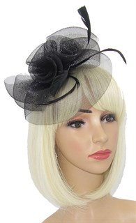 Черная шляпка из регилина