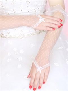 Белые прозрачные перчатки на один палец