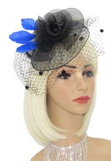 Черная шляпка из регилина с вуалью и синими перьями