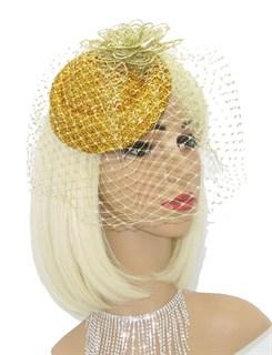 Блестящая шляпка Жанет вуалью. Золотая