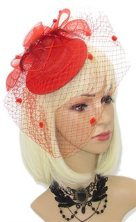 Красная вуалетка Фелисити с двуми вуалями