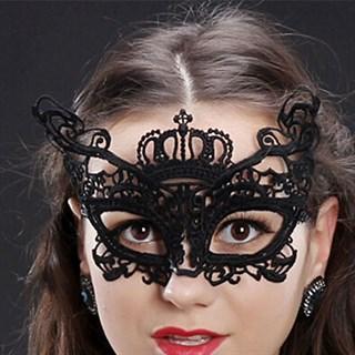 Кружевная маска королевы. Золото - фото 15672