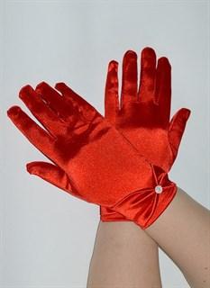 Атласные короткие перчатки с бантом. Красные