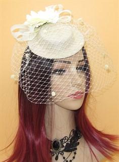 Молочная плетеная шляпка Филисити c цветами и вуалью