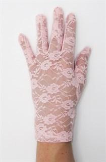 Светло-розовые короткие гипюровые перчатки