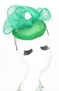 Шляпка таблетка с объемным бантом Аманда. Зеленая