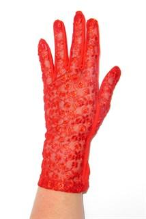 Трикотажные перчатки с кружевом. Красный