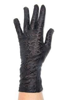 Короткие перчатки из плотного гипюра на узкую руку