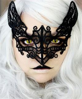 """Кружевная маска """"Воин ночи"""""""