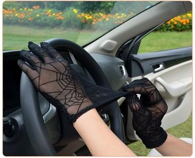 Перчатки паутинка с блестками короткие - фото 16820