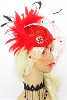 Блестящая шляпка Жанет вуалью. Красная
