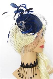 Темно-синяя шляпка с вуалью и брошью Лилия