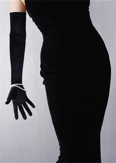 Длинные черные атласные перчатки - фото 17540