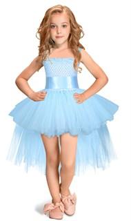 Голубое платье из фатина со шлейфом