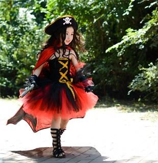 Черное пышное платье маленькой пиратки со шляпой - фото 17989