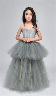 Серое пышное платье в пол из фатина - фото 18011