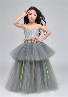 Серое пышное платье в пол из фатина - фото 18012