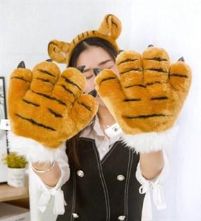 Большие лапы тигра