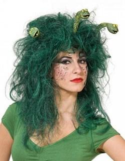 Зеленый парик Кикиморы со змеями