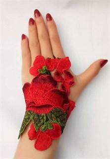 Митенки из вязаного кружева ручной работы. Красные