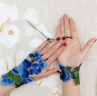Митенки из вязаного кружева ручной работы. Синие