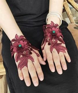 Митенки из вязаного кружева с цветами 3D ручной работы. Бордо