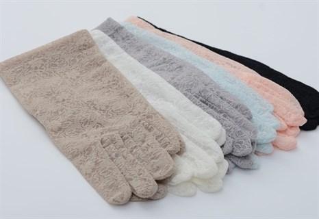 Короткие перчатки из плотного кружева. Белые - фото 19455