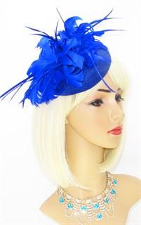 Шляпка с большим перьевым цветком Беатрис. Синяя - фото 19503