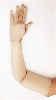 Длинные атласные перчатки. Бежевый. 63 см