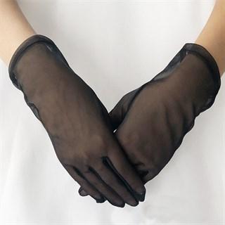 4008. Короткие перчатки из фатина