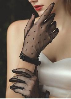 Черные прозрачные перчатки с мушками и лентой