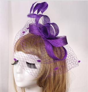 Бант из синамей с вуалью фиолетового цвета