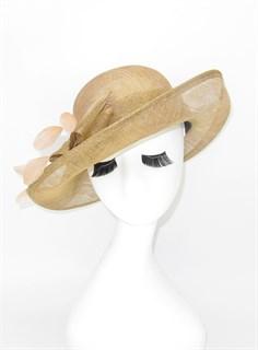 4113. Шляпа с полями из синамей темно-бежевая с бантом