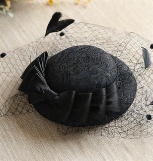 4150. Коктейльная шляпка с бантом Альма. Черная